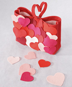 valentines-day-gift-ideas-present-heart-decorations